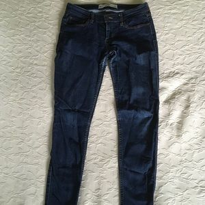 ABERCROMBIE & FITCH 5 Pocket Straight Leg Jeans 4R